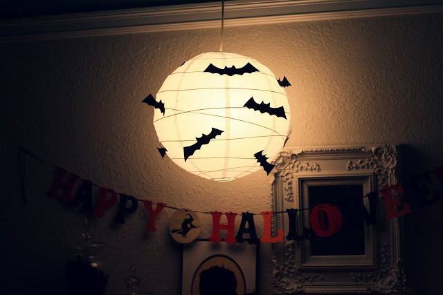 DIY Swarming Bats Halloween Project