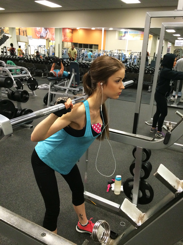 How to Bring Your phone To The Gym Without Breaking It