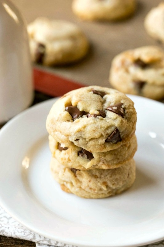 Coconut Caramel Chocolate Chip Cookies - I Heart Eating