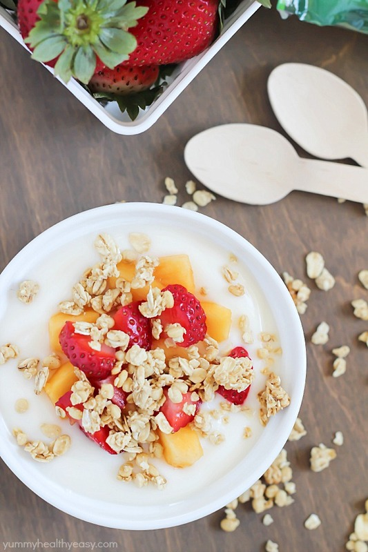 Fruit, yogurt & granola parfaits - easy & healthy breakfast or snack to give you energy throughout the day! #ad #naturevalleygranola