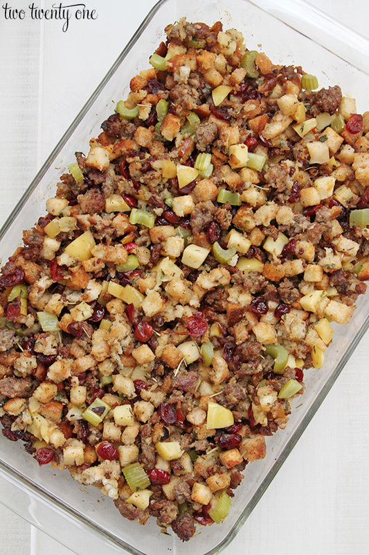 cranberry apple sausage dressing