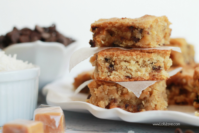 New Pillsbury Girl Scouts Baking Mixes. Samoas in a blondie, holy yum! Easy Caramel Coconut Blondie recipe, just add a couple fresh ingredients for fast Samoa Blondies, yum!