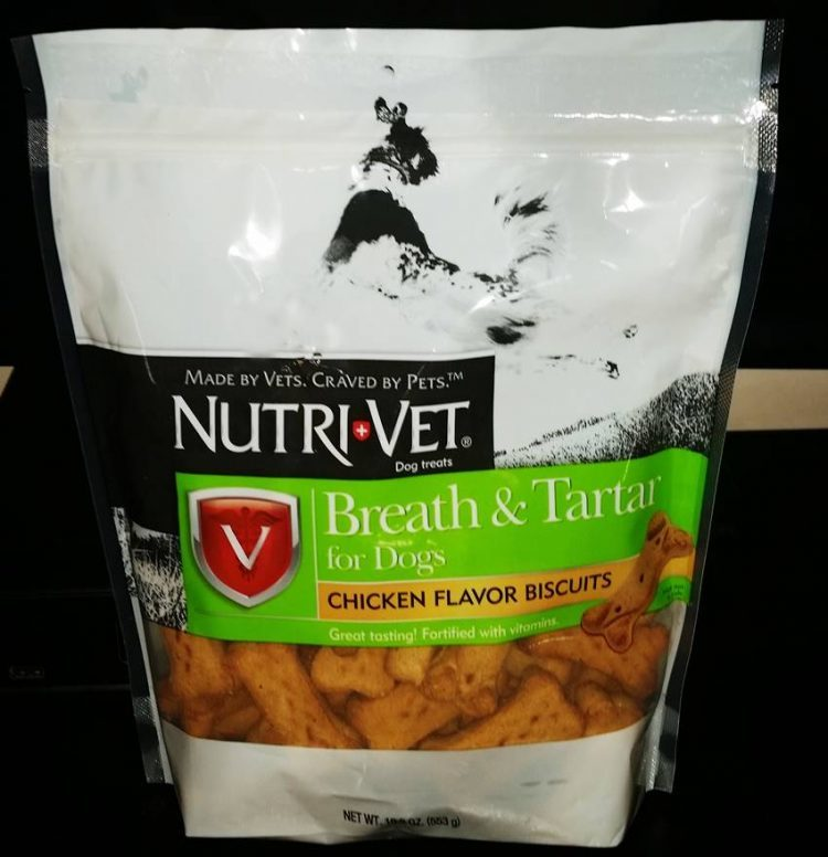 Freshen Your Pets Breath with Nutri-Vet Breath & Tartar Biscuits for Dogs #Giveaway #NutriVet 6