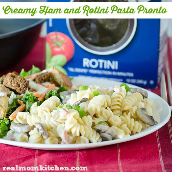 Creamy Ham and Rotini Pasta Pronto | realmomokitchen.com #OnePanPronto