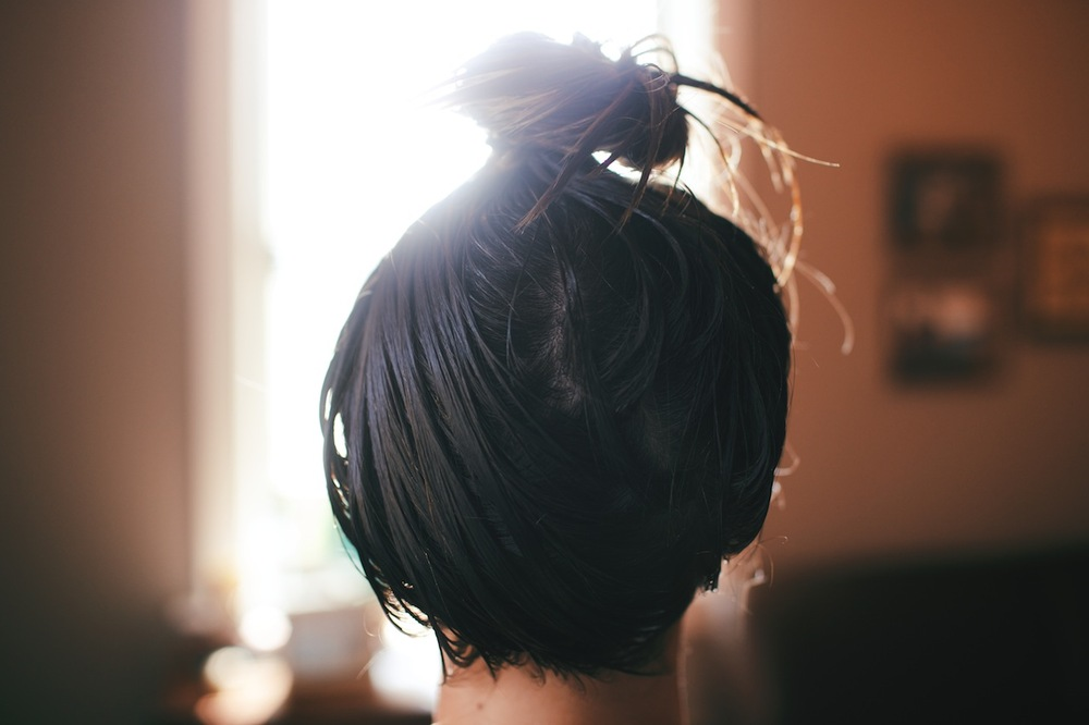 DIY Hot Oil Hair Treatment  | www.gimmesomestyleblog.com #olivari #thelittlethings