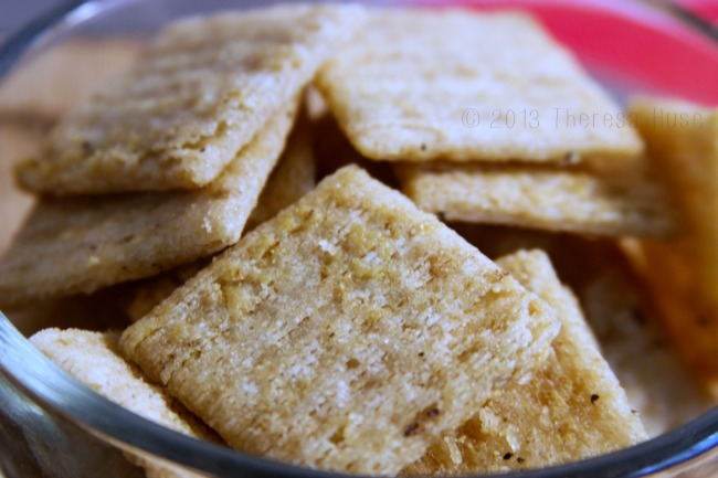 Triscuit Crackers, Trisuits in a bowl