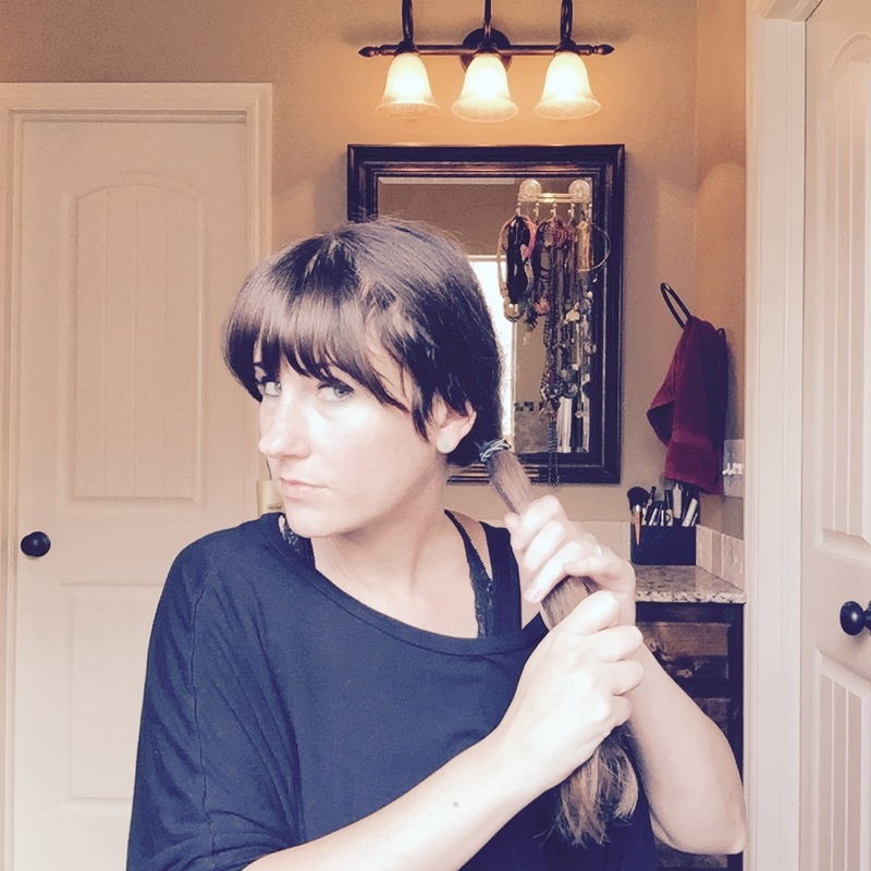 make-low-ponytail