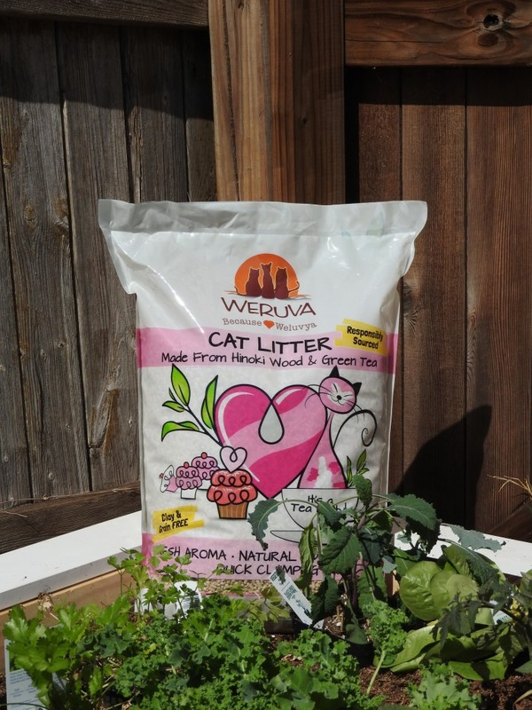 WeRuVa cat litter is all natural. Another lesson we can learn from our cats