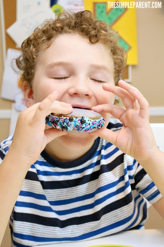 Make this space cookies recipe to enjoy with your kids!