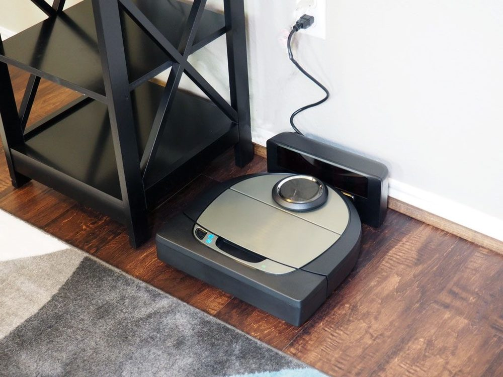 3 Busy Mom Cleaning Hacks + Robotic Vacuum Giveaway - It Starts With