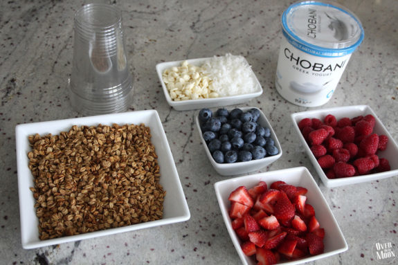 Team USA Breakfast Parfait - It's the perfect breakfast to help cheer on team USA as they #GoForGold   www.overthebigmoon.com
