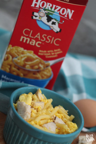 Kids Mac N Cheese and Egg Mash Bowl - this may not look pretty, but kids love it! | www.overthebigmoon.com