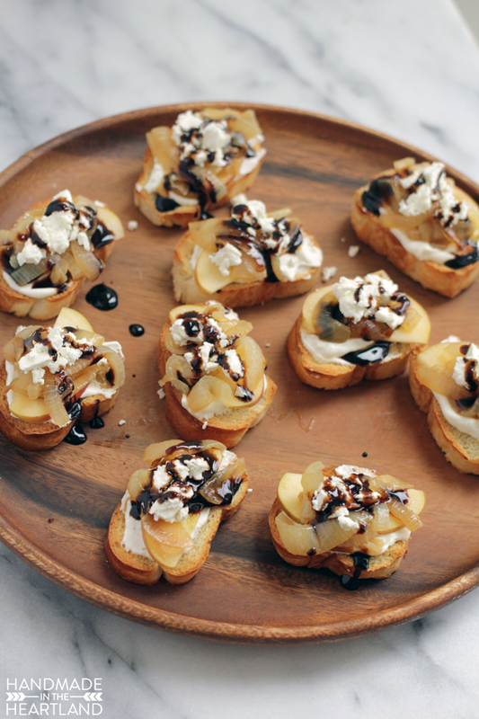 French Onion & Apple Crostini Recipe with #AEDairy