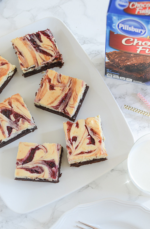Raspberry Cheesecake Brownies - easy brownies topped with raspberry swirled cheesecake!