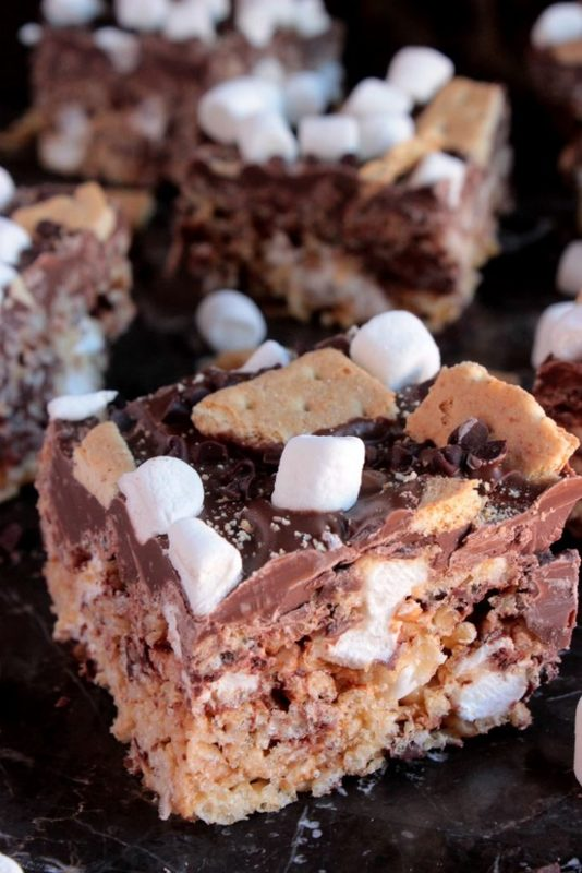 Deluxe Chocolate Top S'more Marshmallow Cereal Treats