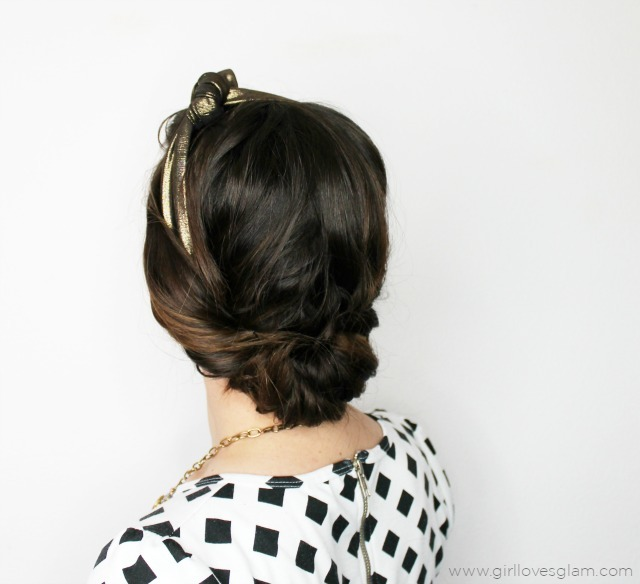 Retro Headband Tuck Hairstyle on www.girllovesglam.com