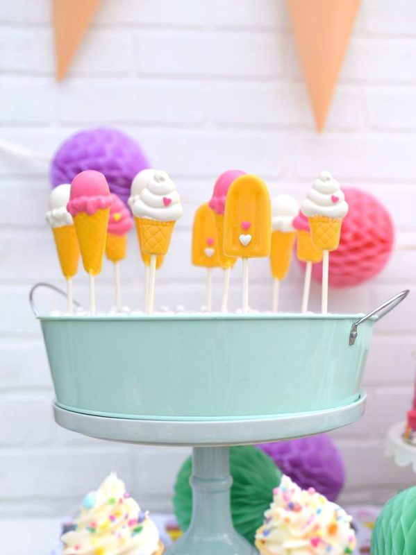 Chocolate ice cream lollipops for an ice cream party
